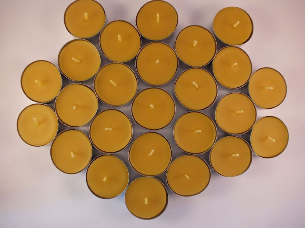 25 Handmade Pure Beeswax Tealights (Free Shipping UK)